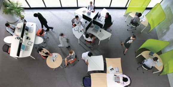 オフィスレイアウトを変えて業務の効率化